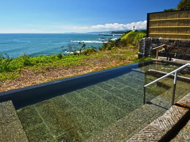 太平洋と室蘭を望む新露天風呂