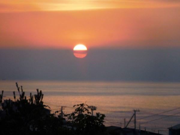 海の別邸ふる川から見える今日の朝日~平成28年7月13日